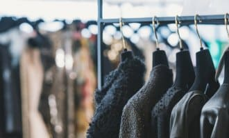 5 Creative Ways to Boost Your Retail Display With Clothes Rails